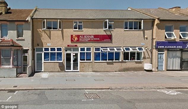 Escola Al-Khair em Croydon ganhou elogios pelo cão de guarda educação Ofsted para promover o desenvolvimento pessoal dos alunos