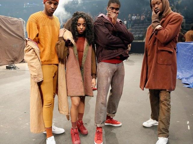 Yeezy Fashion Show  Reviews Shoes