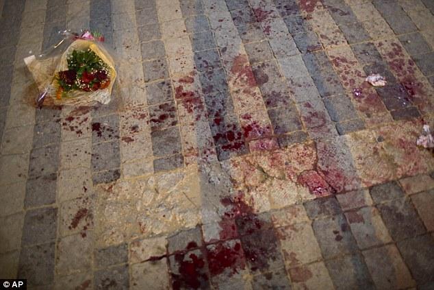 A 29 años de edad, turista estadounidense fue muerto en Israel después de un ataque punzante en masa por un palestino en el barrio de Jaffa, en Tel Aviv como Joe Biden comenzó su visita a Israel