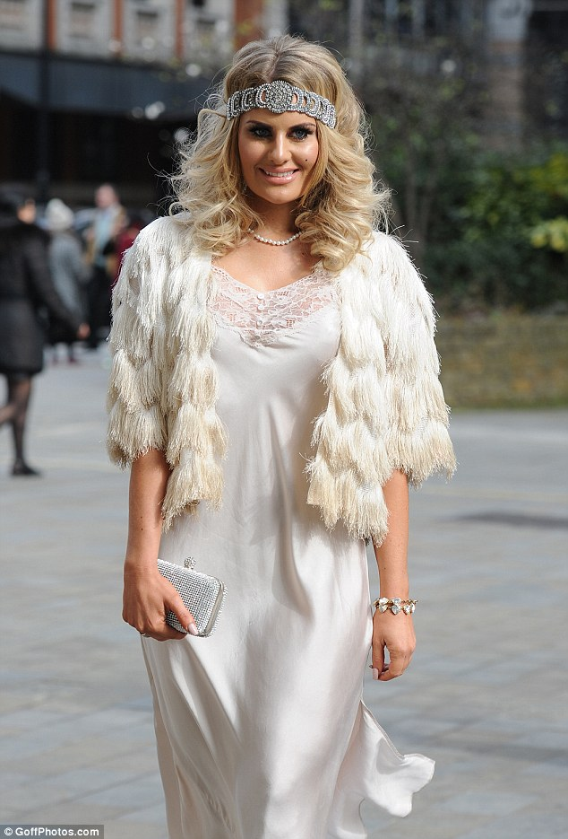 Chloe Sims Wears A Flapper Inspired Dress To A Great