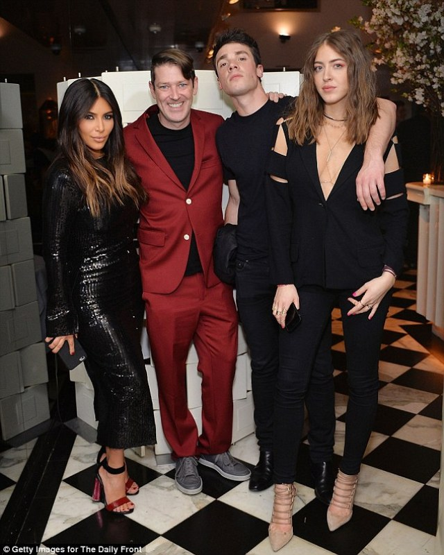 The E! reality star is pictured withEddie Roche, Remi Barbier of the Daily Front Row and modelSama Khadra