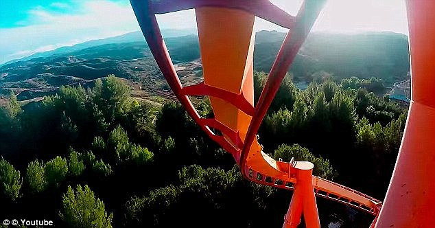 Filmed on a GoPro camera from the front seat, footage cuts from blue skies to green ground as the carriage twists and turns at 62mph on Tatsu