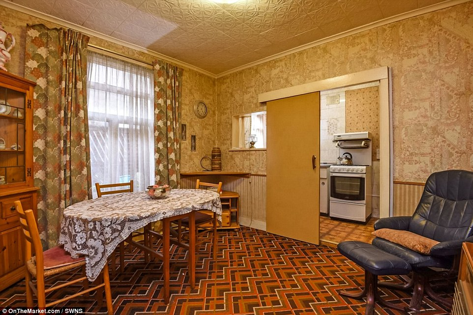 Two Bedroom Timewarp Balham Maisonette Barely Touched In