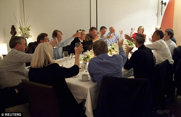 Schmidt sat at the head of the table when Obama met tech leaders in Silicon Valley