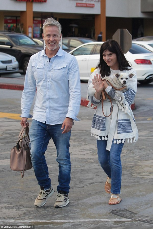 Selma Blair on date with mystery man in California | Daily ...