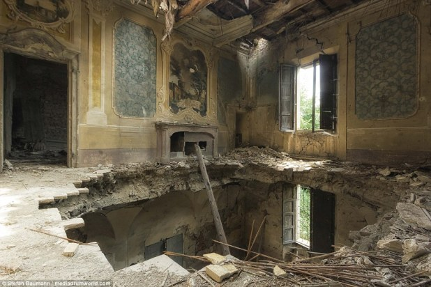 After several earthquakes this villa was badly damaged and abandoned many years ago. The beautiful artwork on the walls becomes secondary to the enormous hole in the floor