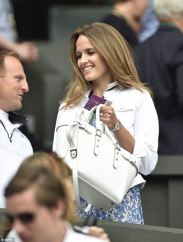 Kim Murray arrives at Wimbledon in L.K. Bennett silk dress ...
