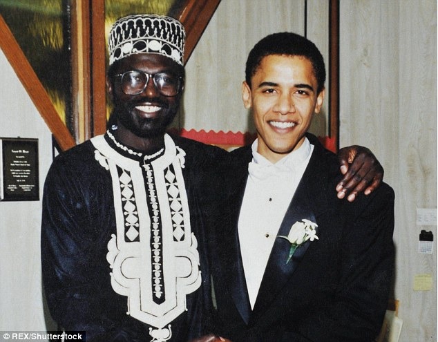 President Obama was Malik's best man at his first wedding in 1981 and Malik served as his best man when he married Michelle (above at President Obama's wedding)