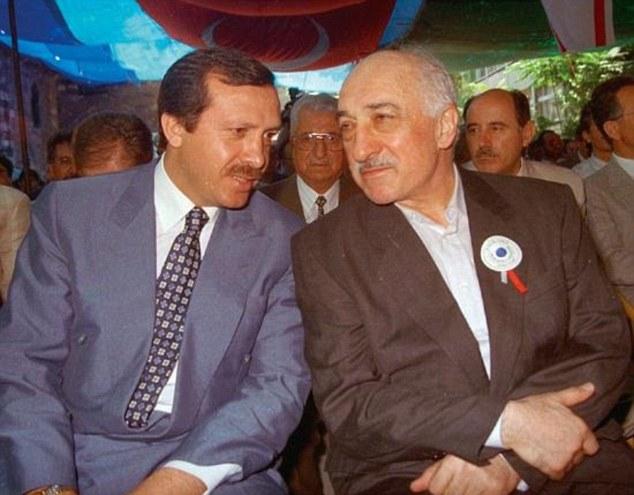 Znalezione obrazy dla zapytania gulen erdogan