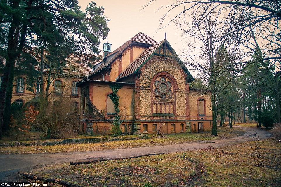 Diversi tentativi sono stati fatti per privatizzare e ripristinare Beelitz Heilstatten essendo chiusa, ma nessuno ha avuto successo