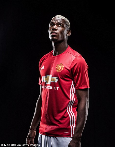 Manchester United Sign Paul Pogba From Juventus For 100m