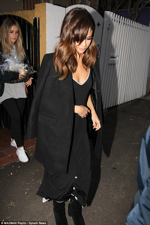 Selena Gomez Looks Sensational As She Enjoys Night Out In