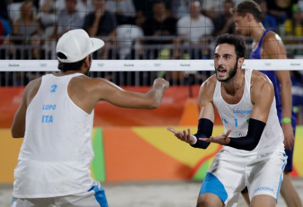The Latest: China beats Brazil in indoor volleyball ...