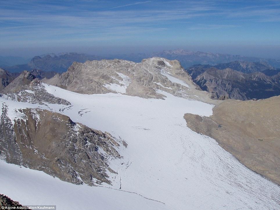 Il Brandner ghiacciaio in Austria (nella foto) copriva una vasta area della montagna nel 2003