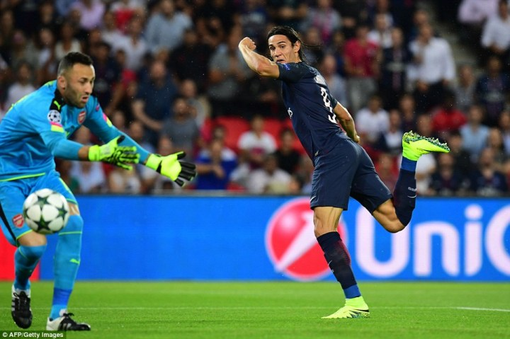 Arsenal goalkeeper David Ospina was given no chance by the Uruguayan's glancing header after just 42 seconds