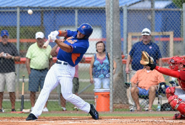 Tebow homers in 1st at-bat for Mets in instructional debut ...