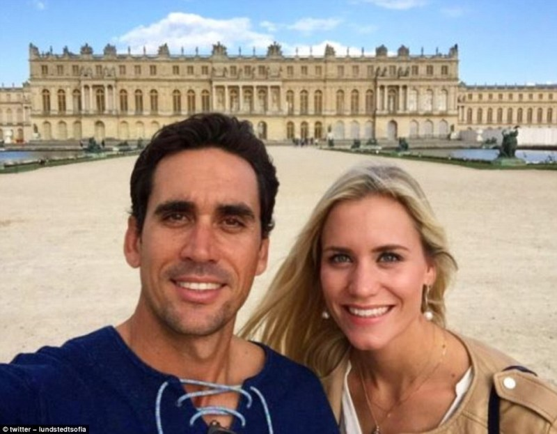 Spanish Golfer Rafa Cabrera Bellos Girlfriend Is Sofia Lundstedt Who Works In The Pgas Business