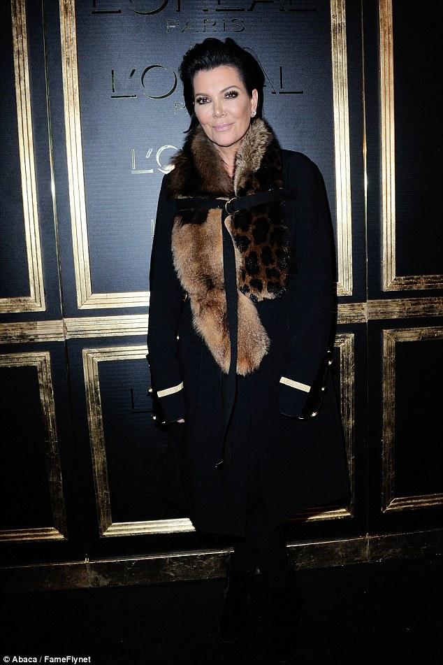 Mamãe querida: Kris Jenner apareceu na festa, poucas horas antes de sua filha Kim foi roubado à mão armada