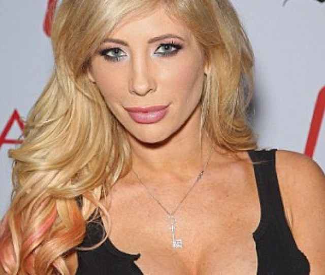 Tasha Reign Is Campaigning Against Californias Proposition 60 At A Number Of Colleges In The State