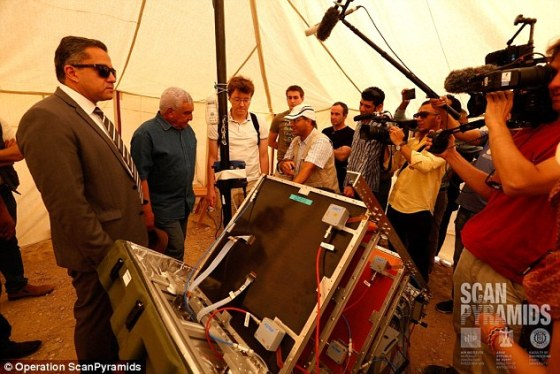 Engineers describing the muon telescope technology to Egypt Antiquities Minister Dr. Khaled El-Enany (left) and Dr. Zahi Hawass (second left), who heads up the egyptologist committee