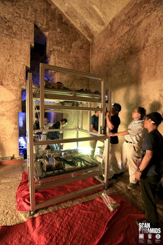 The ScanPyramids team is still acquiring muon data inside Khufu¿s Queen Chamber with other emulsion films and an electronic scintillator. They expect to have the results of the analysis of those instruments during the first three months of 2017