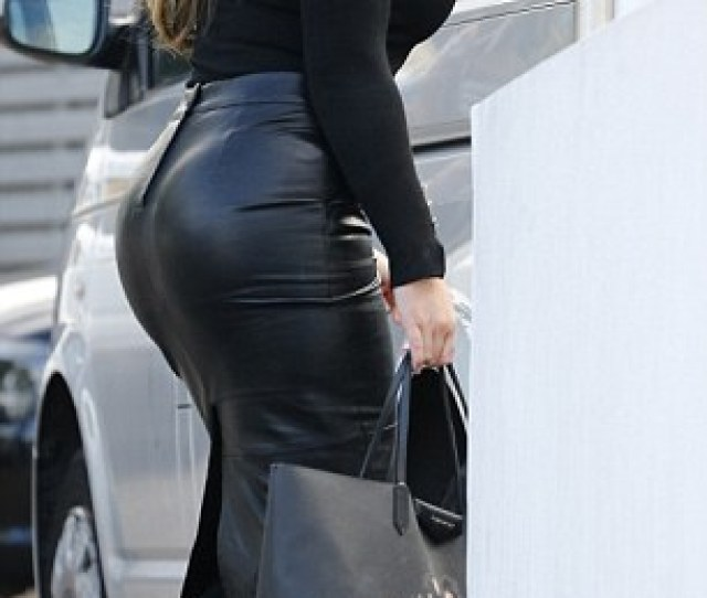 Towies Lauren Goodger Hits Back At Claims Shes Had Another Boob Job To Boost Her 34e Bust And Reveals Shes Now Considering A Breast Reduction Daily