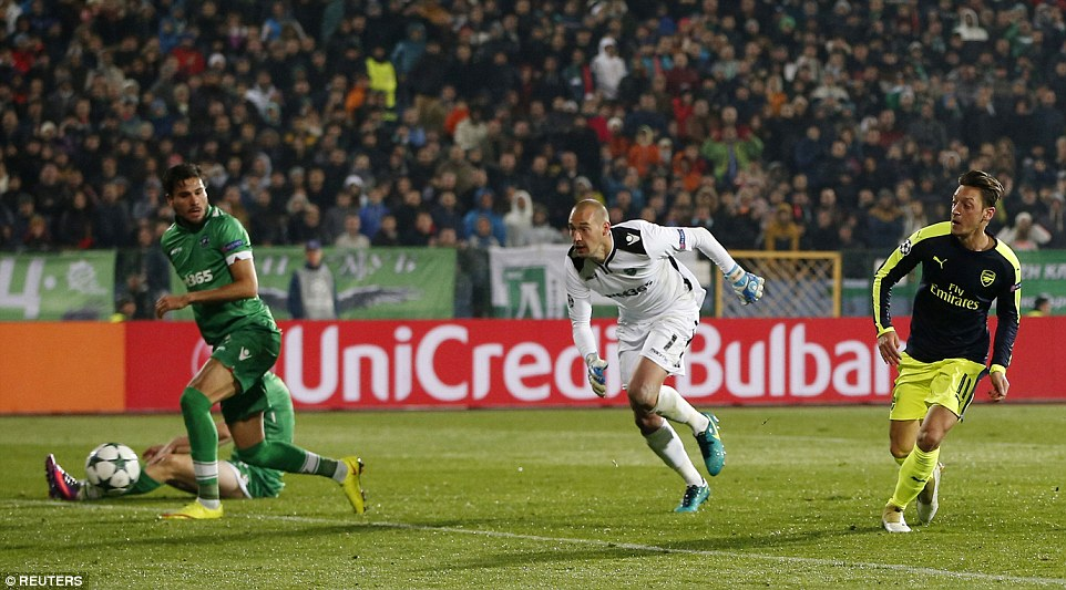 Ozil was too much for Borjan and then left two Ludogorets defenders on the seat of their pants to slot into an empty goal