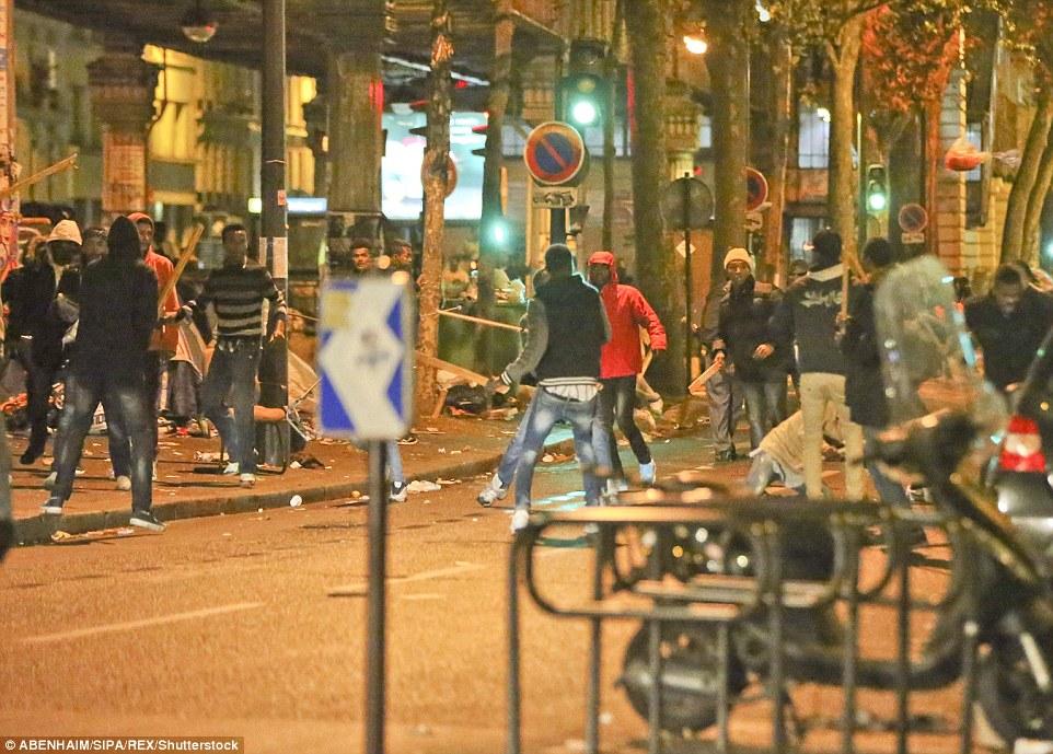 Les tensions ont été élevées depuis que la forêt de Calais a été défrichée par les autorités françaises il ya quelques jours