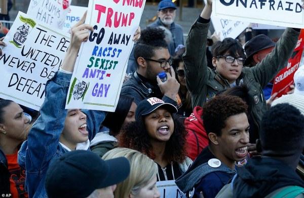 Anti-Trump protests continue in New York, LA, Philadelphia ...