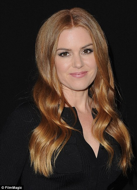 Isla Fisher Admits Her Own Family Confuse Her With Amy