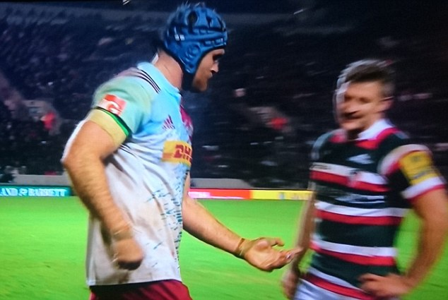James Horwill was forced to leave the field after dislocating his finger against Leciester Tigers