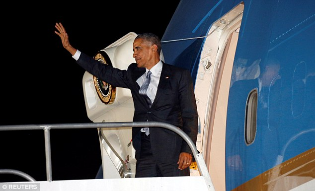 Obama turned to wave goodbye during his last major summit as president of the United States