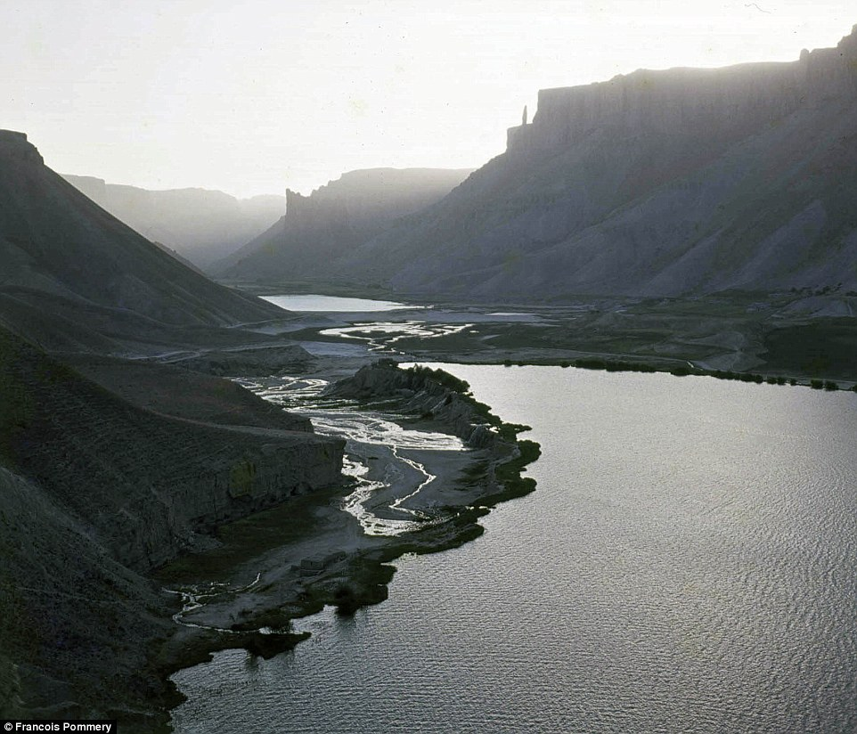 The stunning Band-e Amir National Park - Afghanistan's first and a landscape that's home to six eye-catching lakes