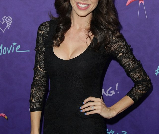 Colleen Ballinger Better Known As Miranda Sings Tied For The Ninth Spot
