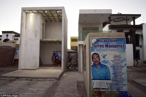 El Chapo's Sinaloa cartel to build elaborate tombs in ...
