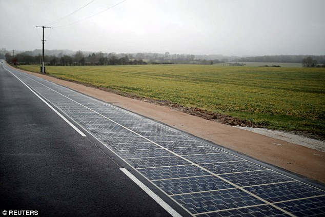 A solar panel road, claimed to be the world's first, has opened in France.The 1km (0.6-mile) stretch of road in the small Normandy village of Tourouvre-au-Perche is paved with 2,880 photovoltaic panels