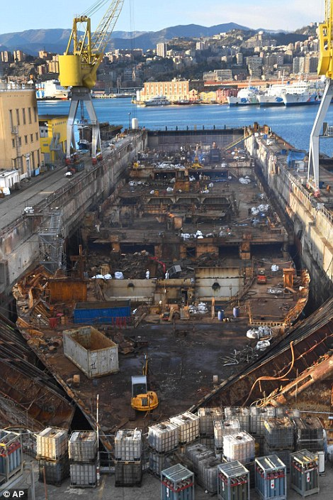 Costa Concordia Wreckage Torn Apart For Scrap 5 Years After The Cruise Liner Capsized Daily Mail Online