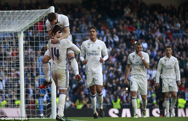 United have knocked Real Madrid off top spot and the Spaniards slip to third place