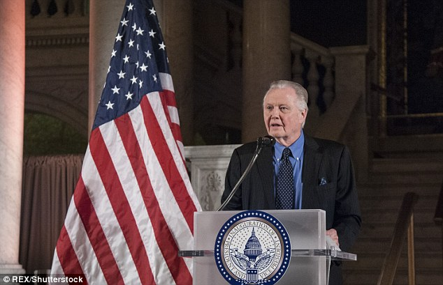 Actor Jon Voight speaks during the Cabinet Dinner at the Library of Congress on Wednesday night