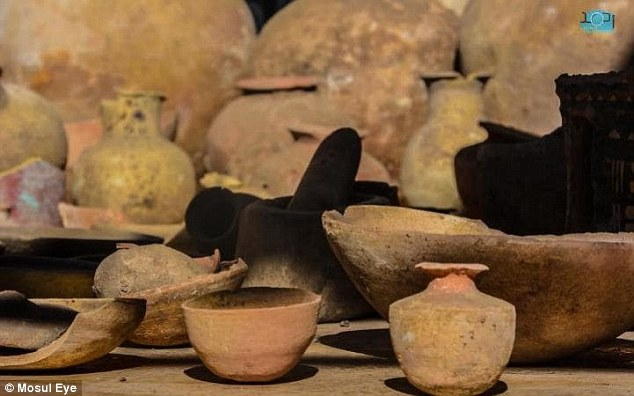 Among the artefacts found were said to be a dozen clay pots, large vases, pottery, a hand mill and other small pieces