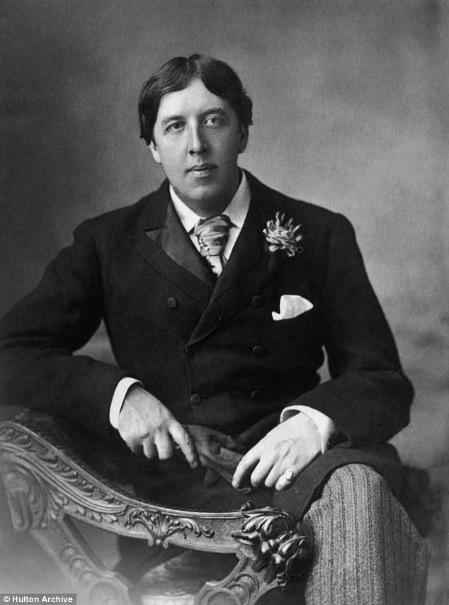 Miles de hombres homosexuales y bisexuales condenados por delitos sexuales ahora abolido-han sido indultado después de su muerte, incluyendo famoso dramaturgo Oscar Wilde