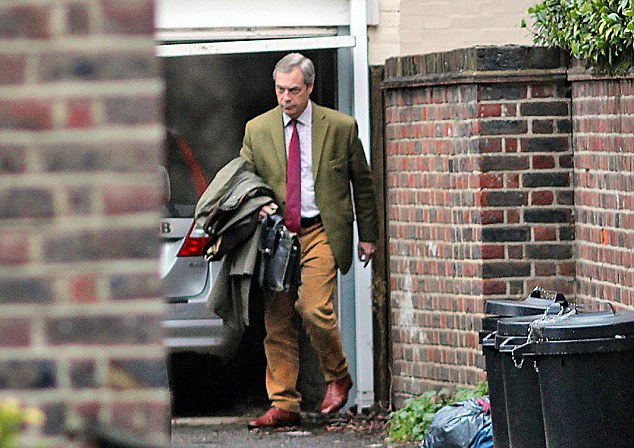 Minutes later, Nigel Farage was pictured leaving the house in his chauffeur-driven Land Rover