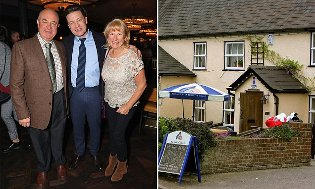 Jamie Olivers Parents Pub Gets 2 Star Rating Daily