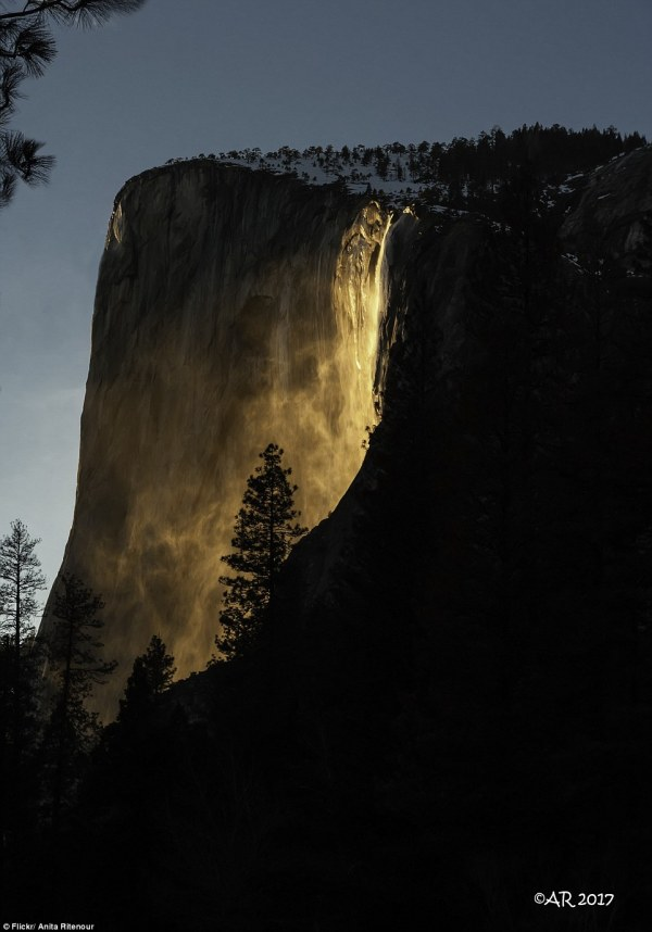 Yosemite National Park's stunning 'firefall' | Daily Mail ...