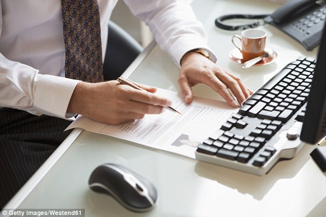 The perfect cover letter revealed by Michael Page HR   Daily Mail Online Jake Bradley  Associate Director of Michael Page Human Resources  shares  the perfect cover letter
