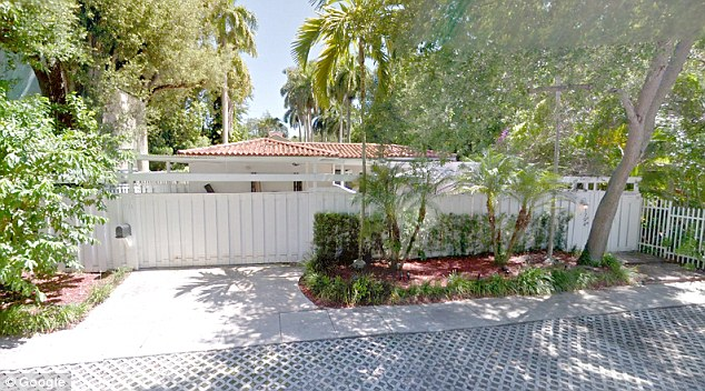 In 2013Bannon signed a two-year lease with his third ex-wife Diane Clohesy, a Tea Party activist, for a Miami home on Opechee Drive, pictured above
