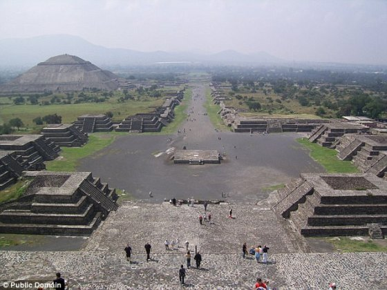 The newly  tunnel runs from the center of the Plaza de la Luna to the Pyramid of the Moon, in the Teotihuacan. This image was taken from the top of the pyramid.