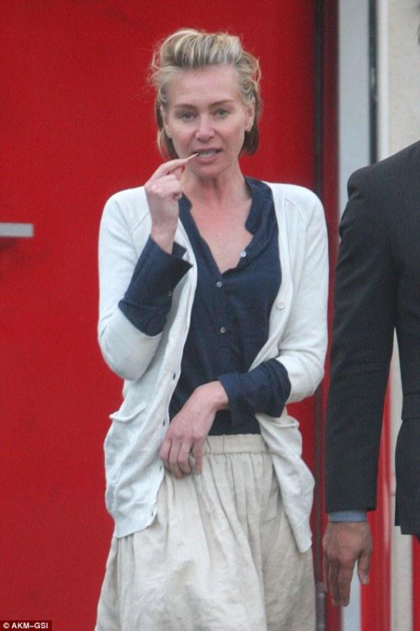 A slender Portia De Rossi goes makeup free with wife Ellen ...