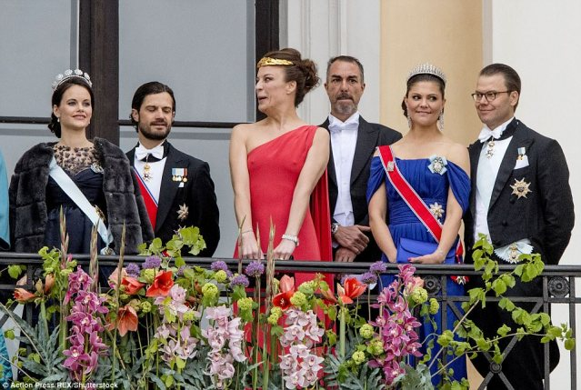 Desiree Kogevinas pulled a silly face as she joinedPrincess Sofia of Sweden, Prince Carl Philip, Crown Princess Victoria and Prince Daniel on the balcony