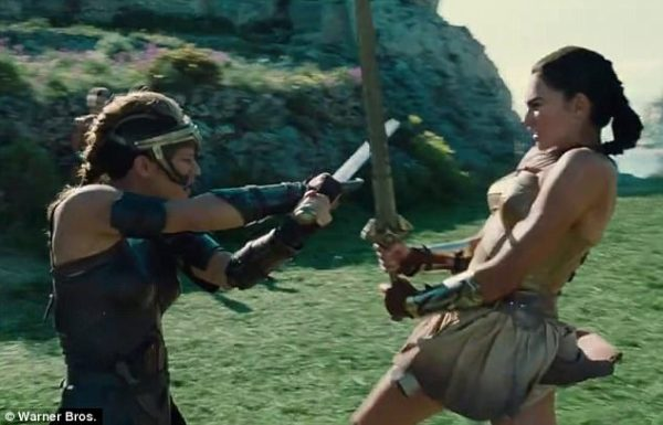Gal Gadot is trained by Robin Wright in Wonder Woman clip ...